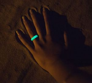 glow in the dark qalo ring